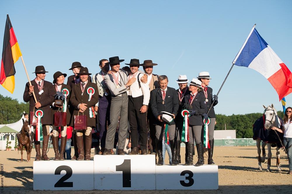 podium par equipes